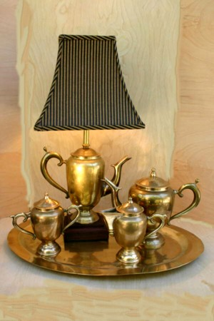 brass_te_set_striped_shade